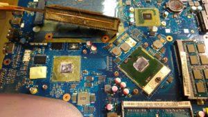 Чистка ноутбука Packard Bell LS11